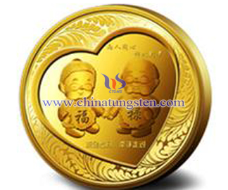 gold-plated tungsten coin for diamond wedding anniversary